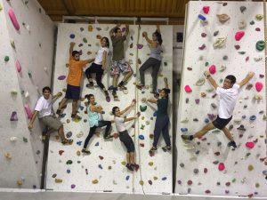 equipa a escalar